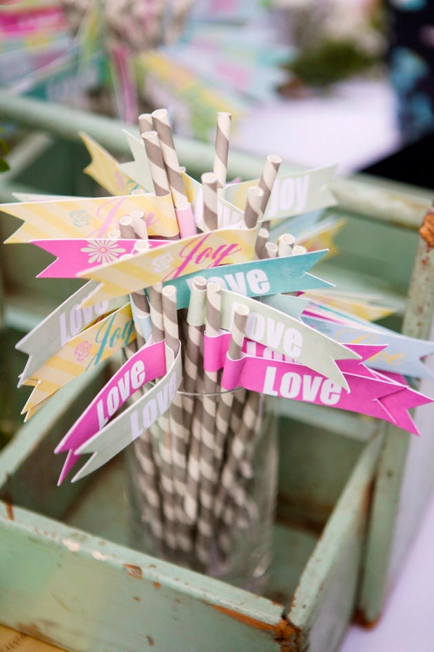 Paper Flag Straws Brightly Designed